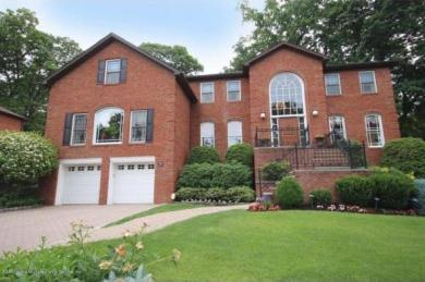 45 Griswold Ct, Staten Island, NY 10301