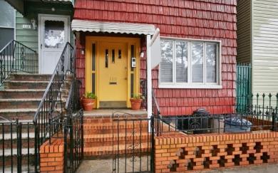 110 Powers St, Brooklyn, NY 11211
