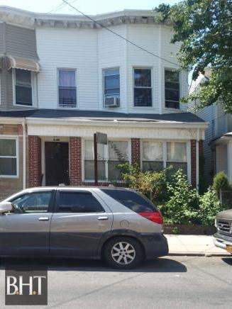 284 East East 40 St Street, Brooklyn, NY 11203