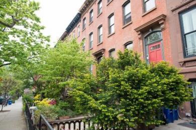 393 8 St #4, Brooklyn, NY 11215