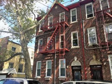 621 90 St #3, Brooklyn, NY 11228