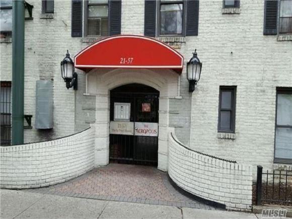 21-58 35 St Street, Astoria, NY 11105