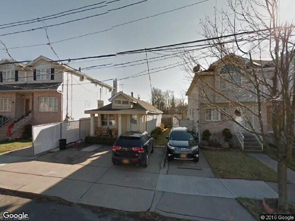 192 Bathgate St Street, Staten Island, NY 10312