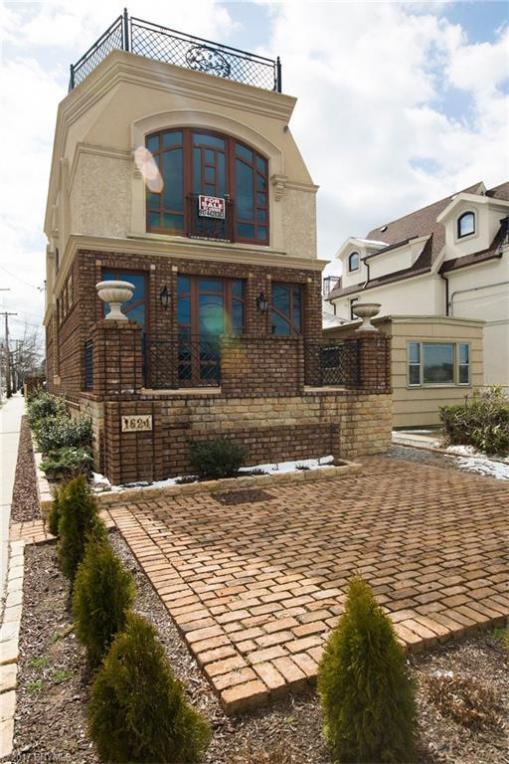 1624 Shore Boulevard, Brooklyn, NY 11235