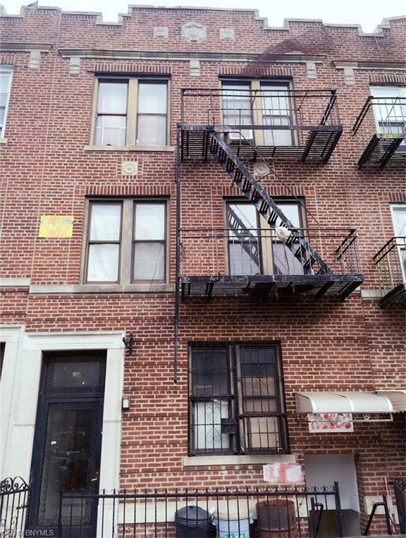 727 59 Street, Brooklyn, NY 11220