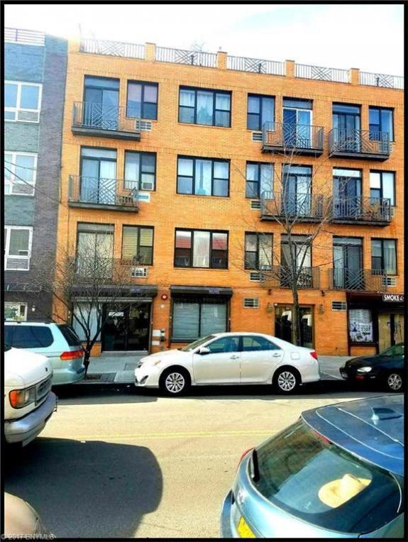 99 Kingsland Avenue #Pk112, Brooklyn, NY 11222