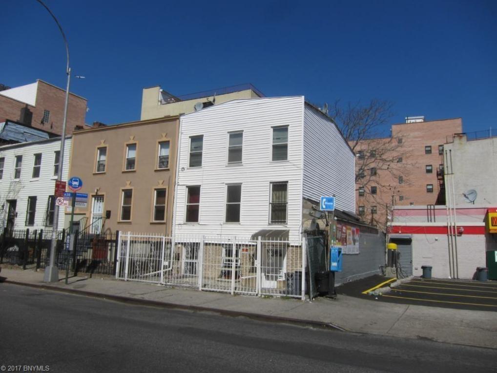 1095 Dekalb Avenue, Brooklyn, NY 11221