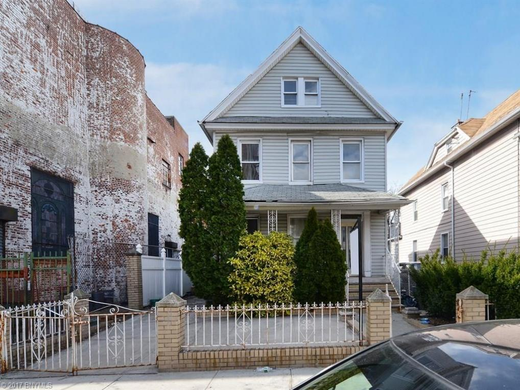 676 East 31 Street, Brooklyn, NY 11210