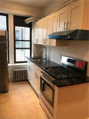 Photo of 9425 5 Avenue, Brooklyn, NY 11209