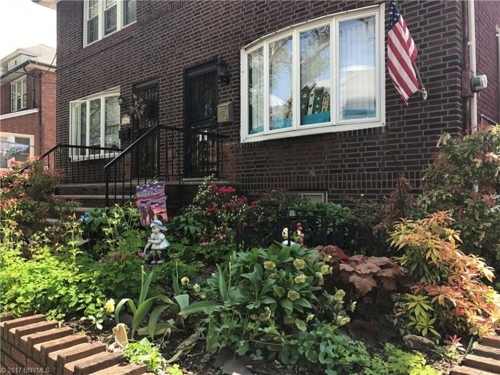 952 78 Street, Brooklyn, NY 11228
