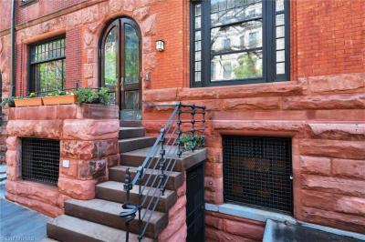 Photo of 864 Carroll Street, Brooklyn, NY 11215