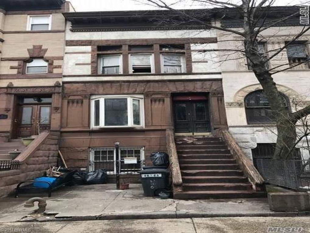 Withheld Withheld Place, Brooklyn, NY 11213