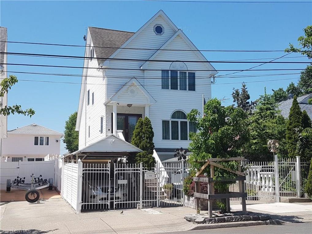 102 Armstrong Avenue, Richmond, NY 10308