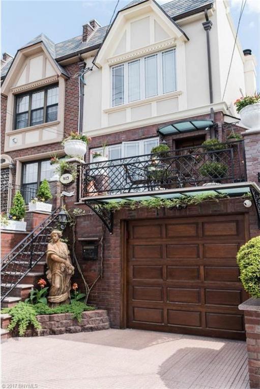 913 82 Street, Brooklyn, NY 11228