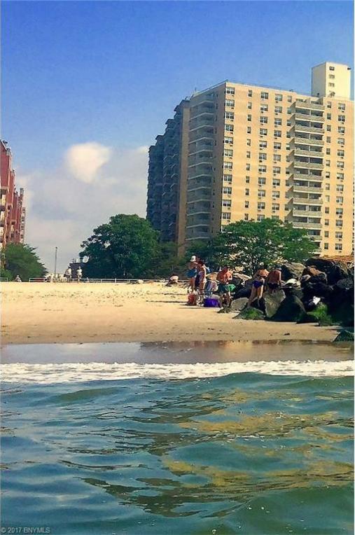 35 Seacoast Terrace #2p, Brooklyn, NY 11235