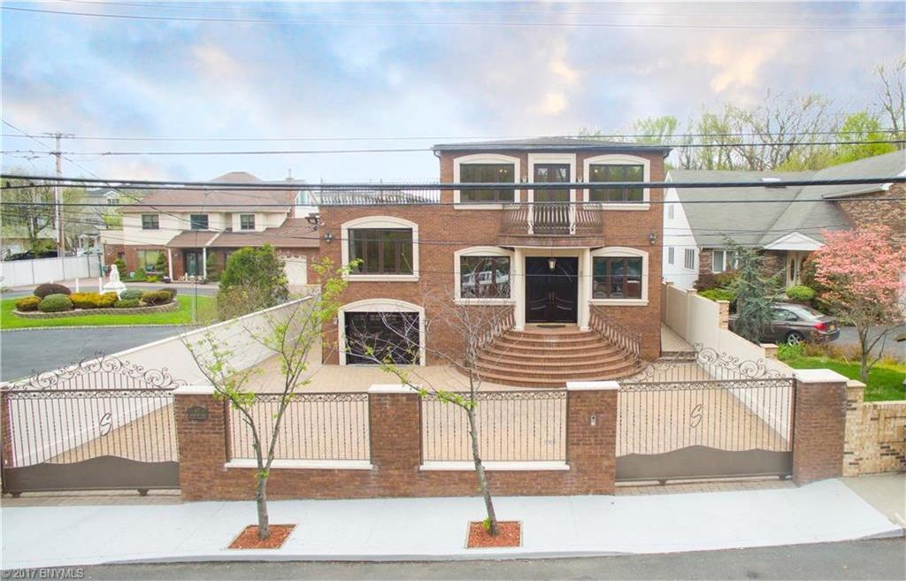 67 Sharrotts Road, Staten Island, NY 10309