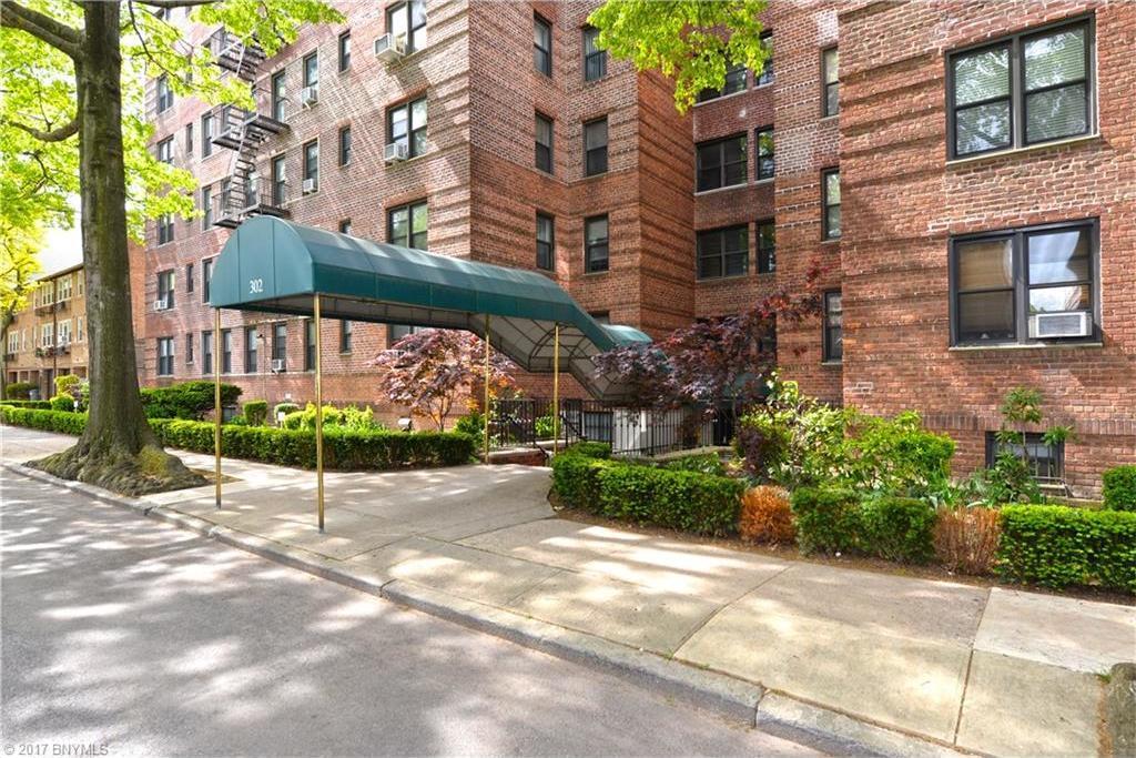 302 96 Street #1p, Brooklyn, NY 11209
