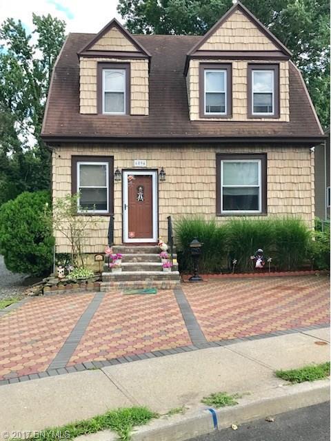 6094 Amboy Road, Staten Island, NY 10309