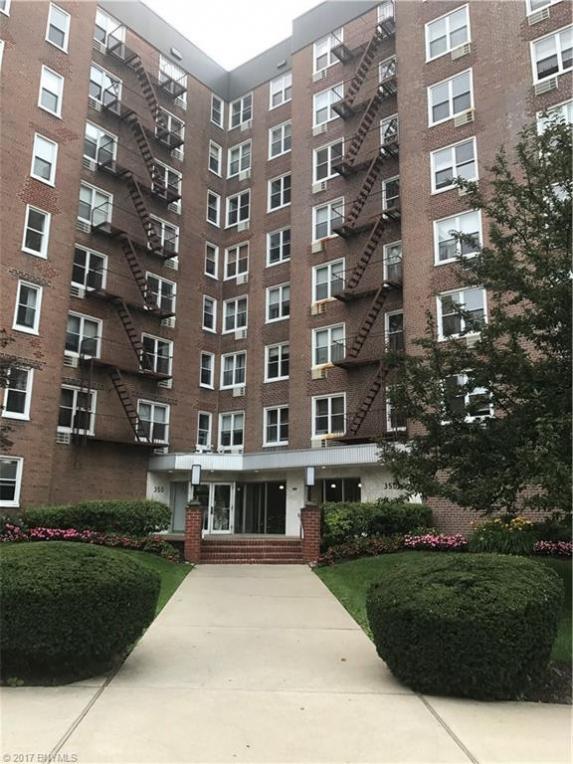350 Richmond Terrace #6b, Staten Island, NY 10301