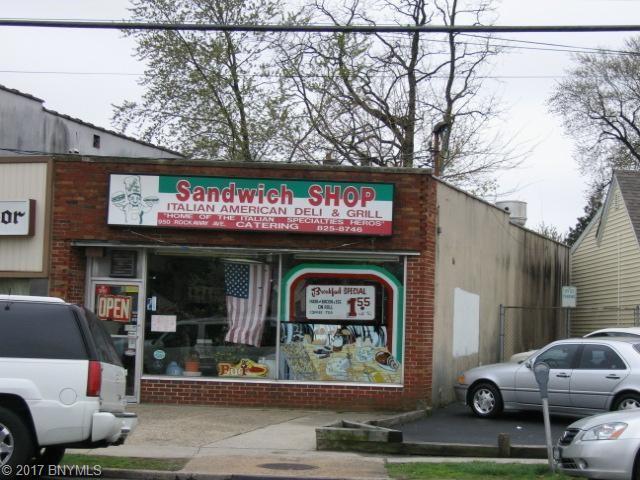 950 Rockaway Avenue, Valley Stream, NY 11581
