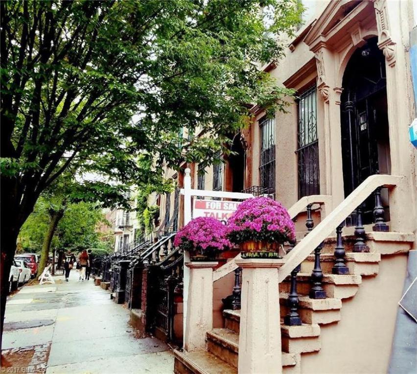 180 Park Place, Brooklyn, NY 11238