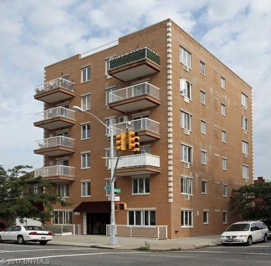267 Avenue P #4a, Brooklyn, NY 11204