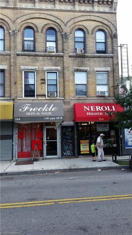 154 Nassau Avenue, Brooklyn, NY 11222