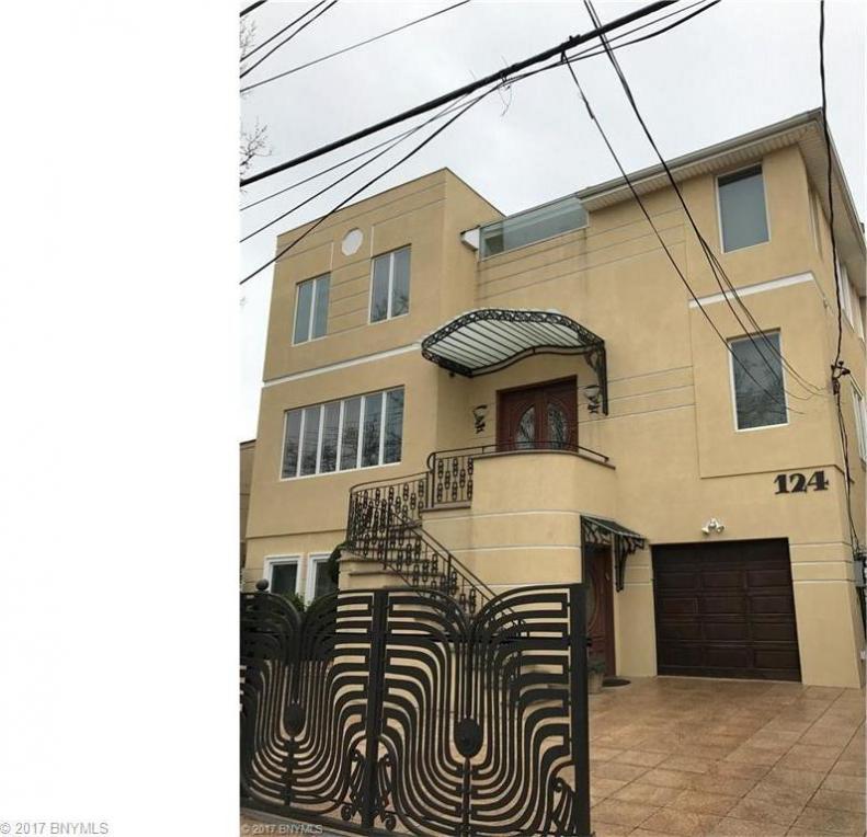 124 Whitman Drive, Brooklyn, NY 11234