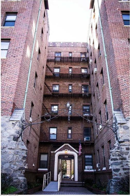 402 Bay Ridge Parkway #37, Brooklyn, NY 11209