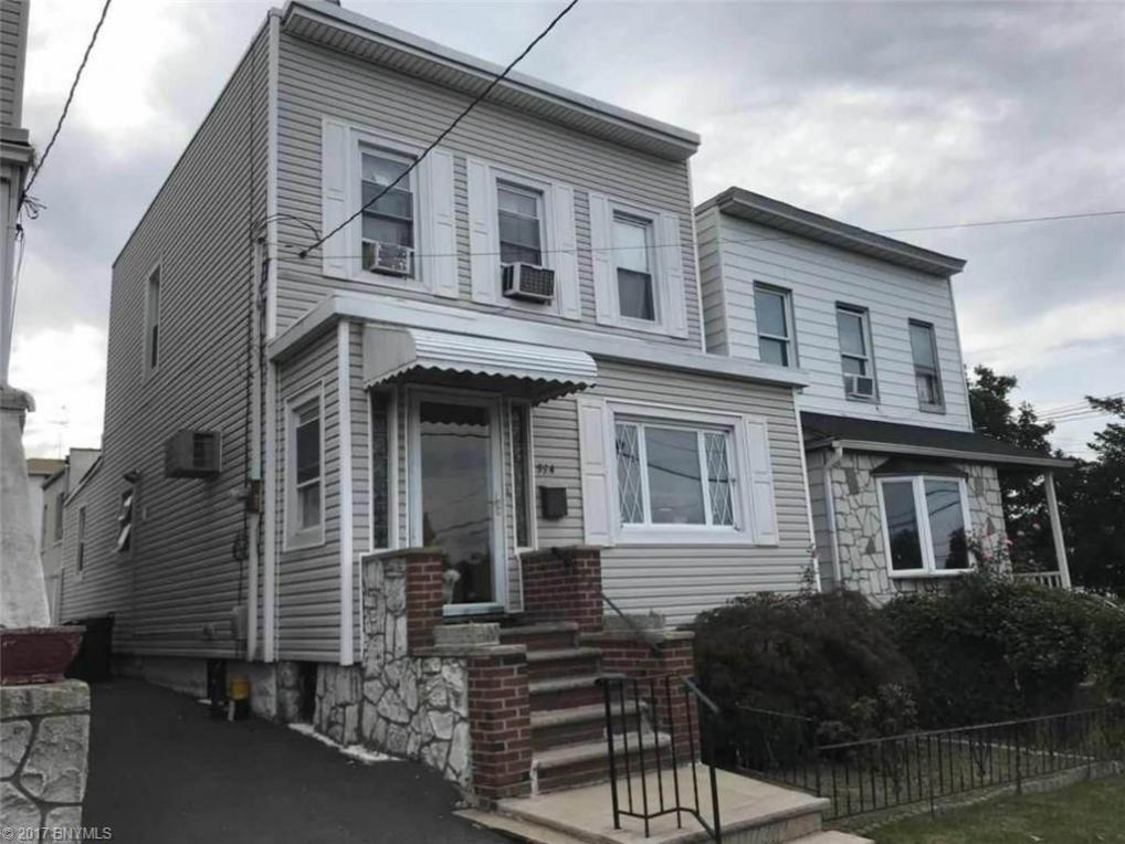 594 Tompkins Avenue, Staten Island, NY 10305