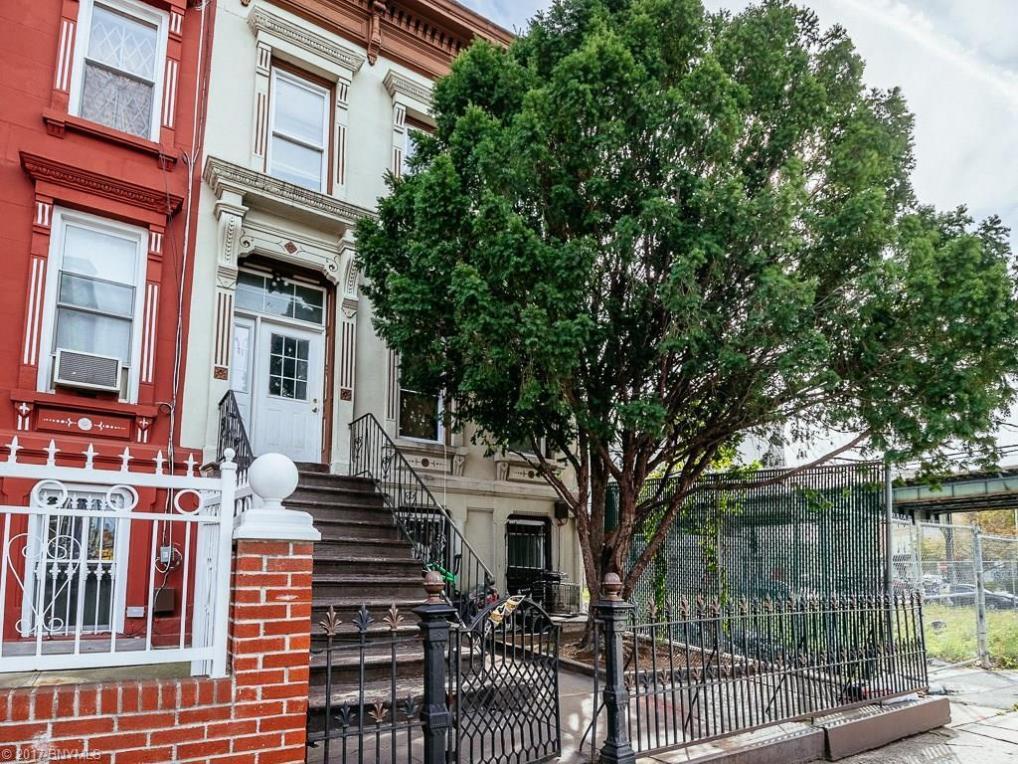 10 Palmetto Street, Brooklyn, NY 11221