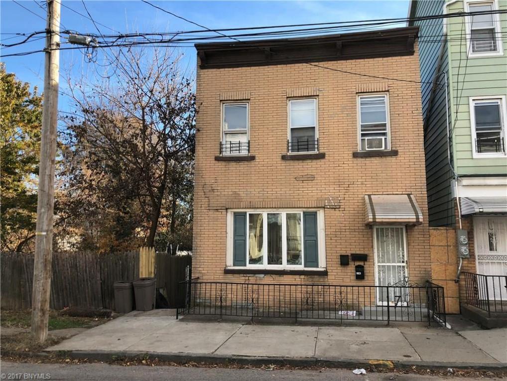 196 Saint Marys Avenue, State Island, NY 10305