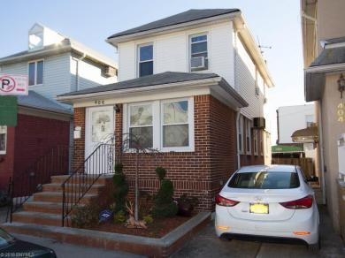 406 Applegate Court, Brooklyn, NY 11223