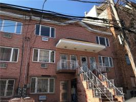 71-50 160 Street #3, Queens, NY 11365