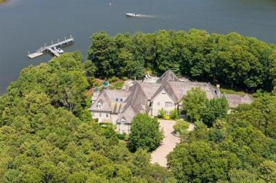 Photo of 15 Cove Point Lane, Barnstable, MA 02648