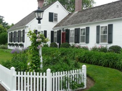 Photo of 695 South Main Street, Barnstable, MA 02632