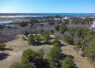 Photo of 14 Brewster Road, Nantucket, MA 02554