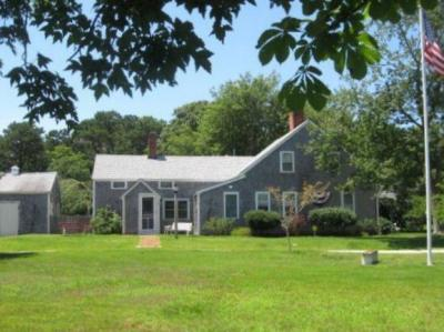 Photo of 9 Breezy Point Road, Yarmouth, MA 02664