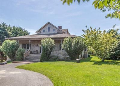 Photo of 7 Peases Point Road, Edgartown, MA 02539
