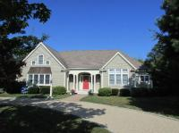 9 Highwood Lane, Falmouth, MA 02536