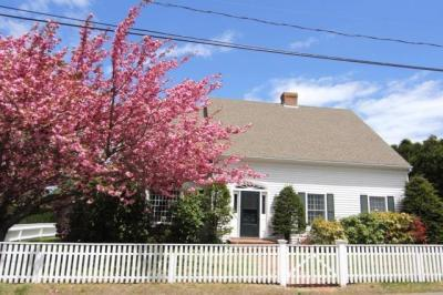 Photo of 55 Cottage Street, Edgartown, MA 02539