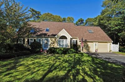 Photo of 176 Olde Homestead Drive, Barnstable, MA 02648
