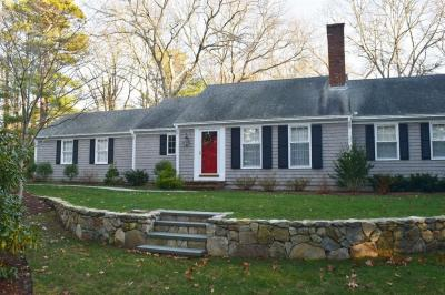 Photo of 11 Doral Road, Barnstable, MA 02637