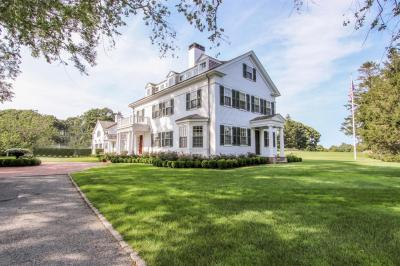 Photo of 108 Peases Point Way North, Edgartown, MA 02539