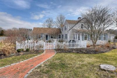 Photo of 284 Gosnold Street, Barnstable, MA 02601