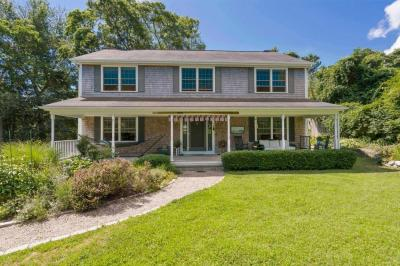 Photo of 21 Nob Hill Road, Barnstable, MA 02647