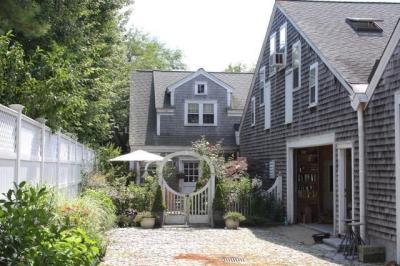 Photo of 63 Fuller Street, Edgartown, MA 02539