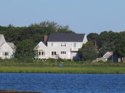 Photo of 8 Gulls Cove Road, Yarmouth, MA 02673