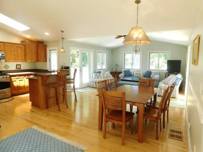 Photo of 8 Crescent Court, Yarmouth, MA 02664