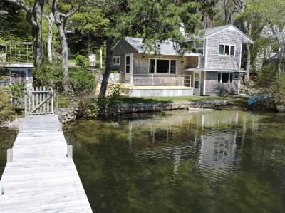 Photo of 107 Huckins Neck Road, Barnstable, MA 02632